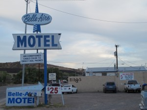 Bell-Aire Motel